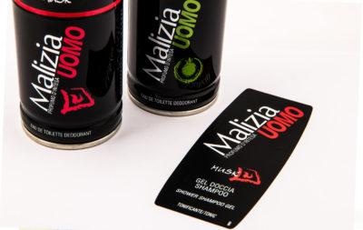 Oltre all'immagine accattivante del marchio, le etichette per cosmetici devono presentare e fornire moltissime informazioni tecniche sul prodotto.